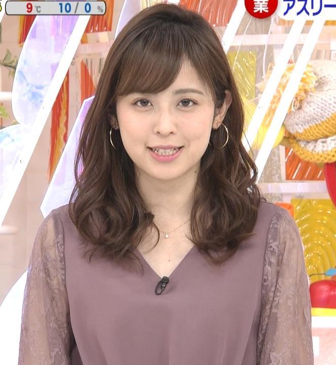 久慈暁子アナ 一応、透けた衣装キャプ・エロ画像3