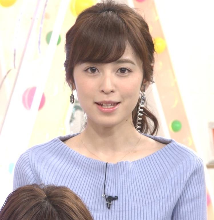 久慈暁子アナ 肩が露出気味のニットキャプ・エロ画像2