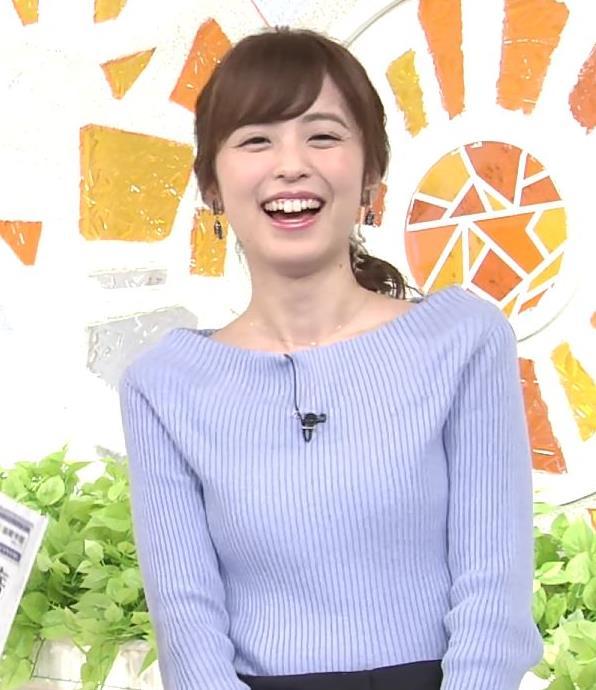 久慈暁子アナ 肩が露出気味のニットキャプ・エロ画像8