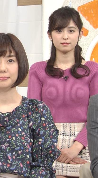 久慈暁子アナ クッキリ♡ニットおっぱいキャプ・エロ画像3