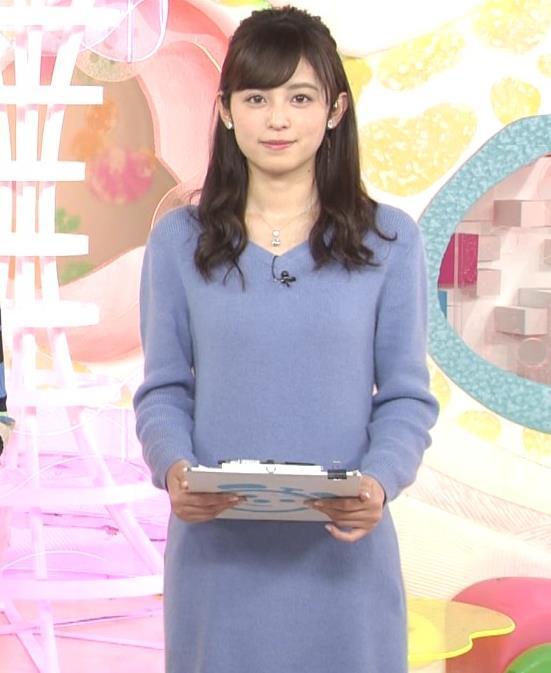 久慈暁子アナ ミニスカワンピの美脚生足キャプ・エロ画像3