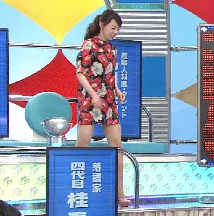 丸田佳奈 美人女医さん、スカートが短すぎるキャプ・エロ画像3