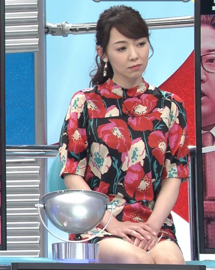 丸田佳奈 美人女医さん、スカートが短すぎるキャプ・エロ画像9