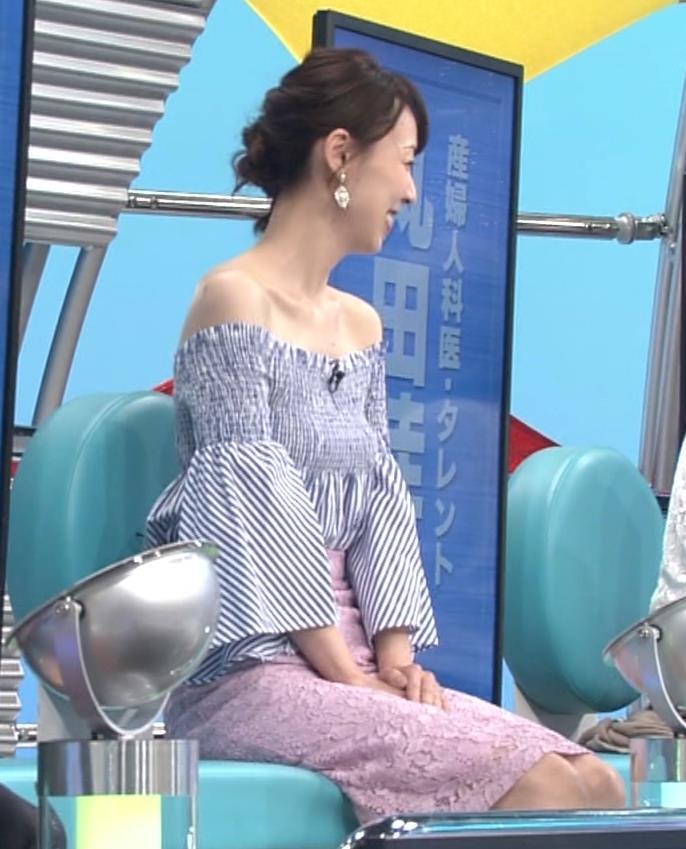 裸に見えるぐらいのエロ衣装キャプ・エロ画像7