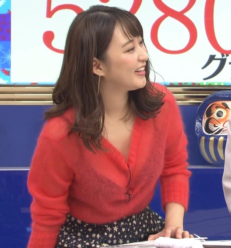 枡田絵理奈 インナーがずれて胸の谷間が透けまくる大ハプニング!キャプ・エロ画像13