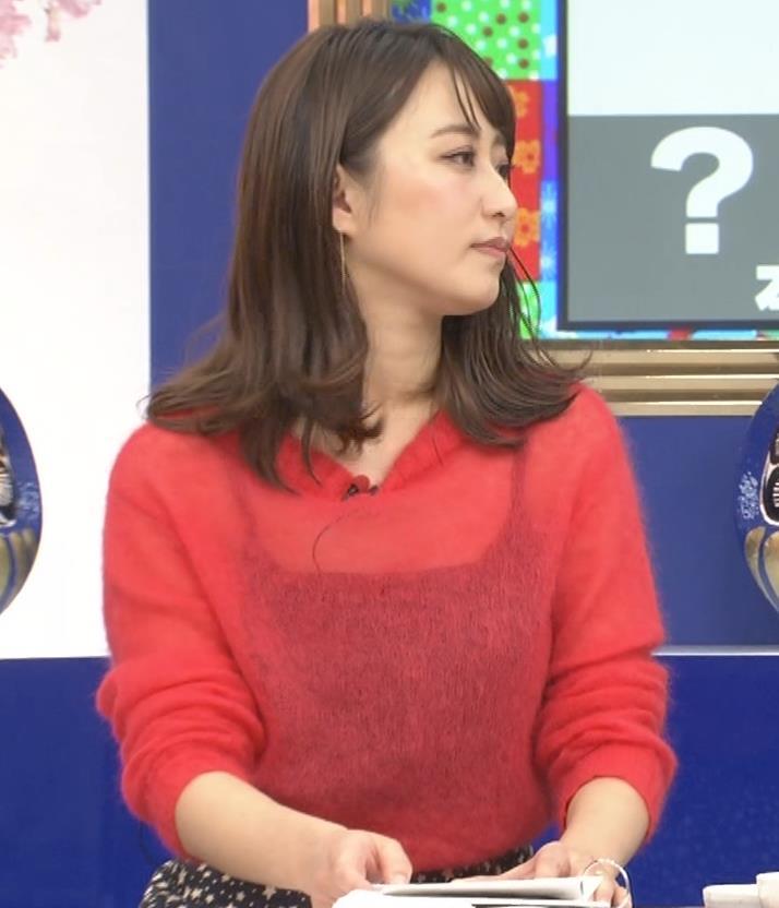 枡田絵理奈 インナーがずれて胸の谷間が透けまくる大ハプニング!キャプ・エロ画像17