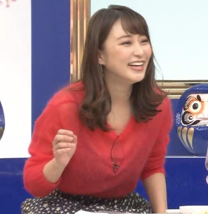 枡田絵理奈 インナーがずれて胸の谷間が透けまくる大ハプニング!キャプ・エロ画像3
