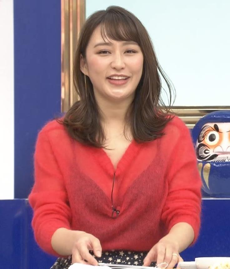 枡田絵理奈 インナーがずれて胸の谷間が透けまくる大ハプニング!キャプ・エロ画像7