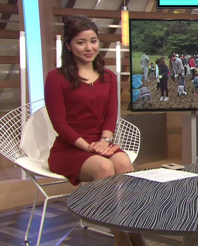 増井渚アナ スカート短くてパンツ見えそうな▼ゾーンキャプ・エロ画像2