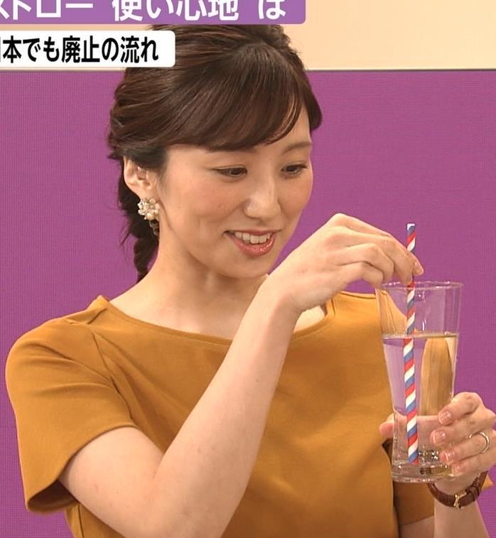 松村未央アナ エロい胸のふくらみキャプ・エロ画像3