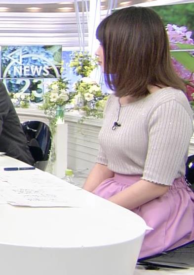 皆川玲奈アナ おっぱいが大きくなってる!?キャプ・エロ画像7