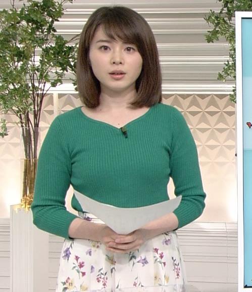 皆川玲奈アナ ちょっとムチムチしてきたニット乳キャプ・エロ画像5