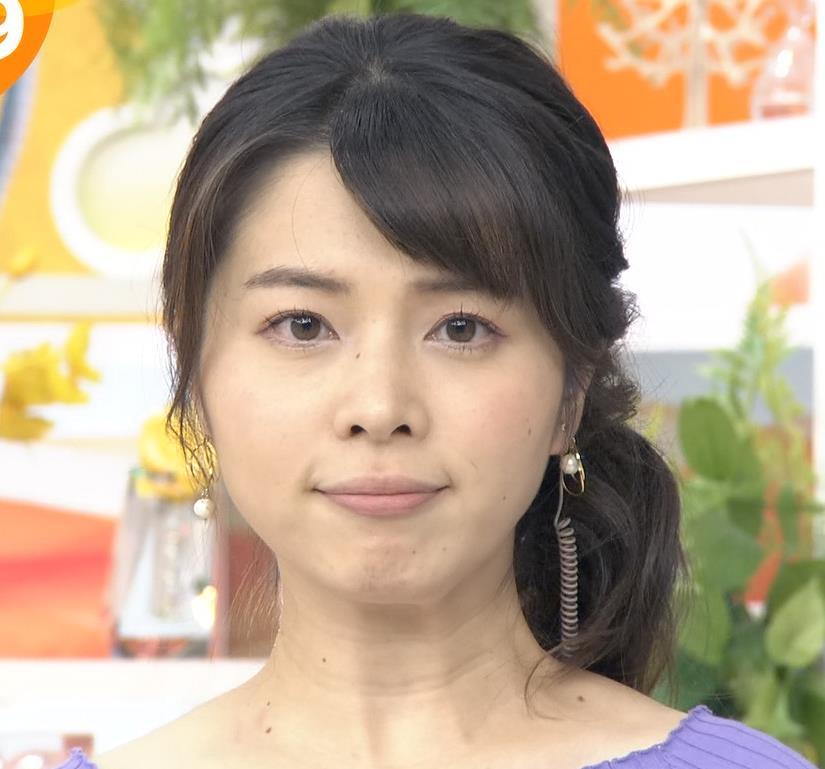 皆川玲奈アナ 早朝のニュース番組なのにエロ過ぎキャプ・エロ画像5