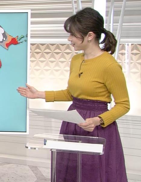 アナ こういうニット横乳がいいキャプ・エロ画像