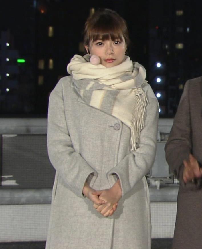 三谷紬アナ 超厚着なのか、太いのか…。キャプ・エロ画像4