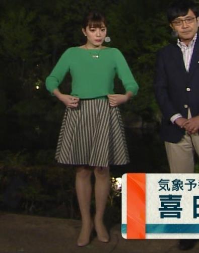 アナ ミニスカ美脚がなんかエロいキャプ・エロ画像2