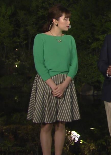 アナ ミニスカ美脚がなんかエロいキャプ・エロ画像3