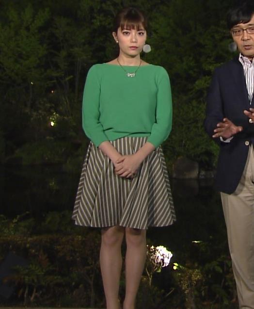 アナ ミニスカ美脚がなんかエロいキャプ・エロ画像4