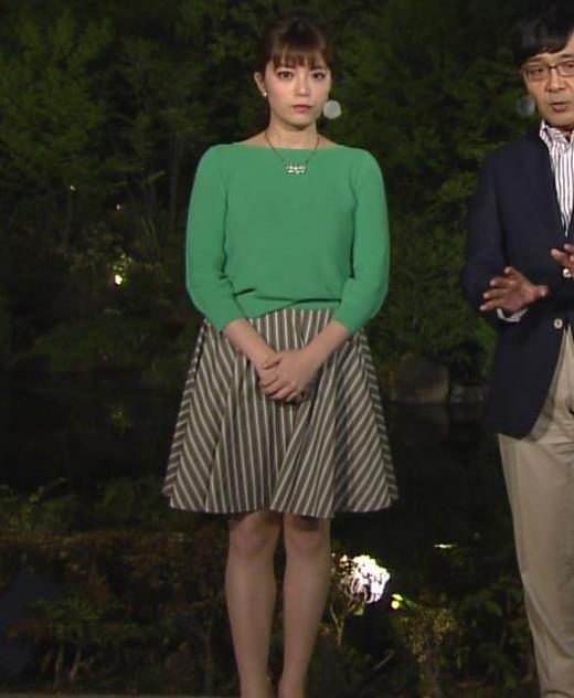 三谷紬 ミニスカ美脚がなんかエロいキャプ画像(エロ・アイコラ画像)