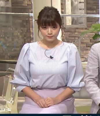 三谷紬アナ また爆乳が強調されてエロかったキャプ・エロ画像2