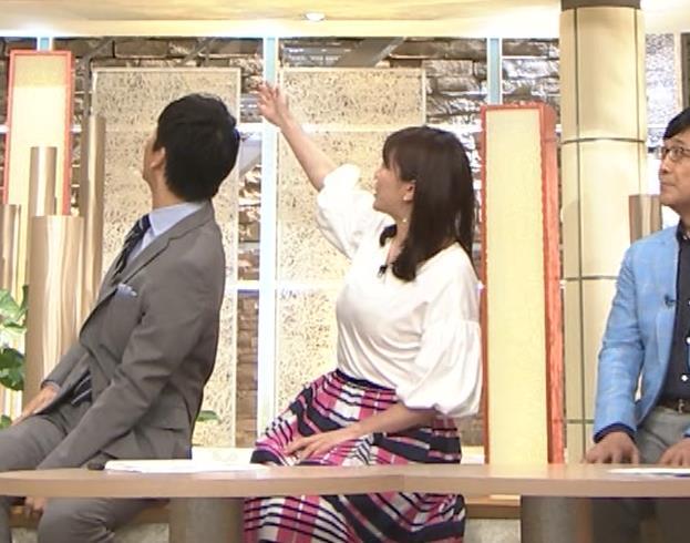 三谷紬アナ 乳がデカくて服がパツパツキャプ・エロ画像7