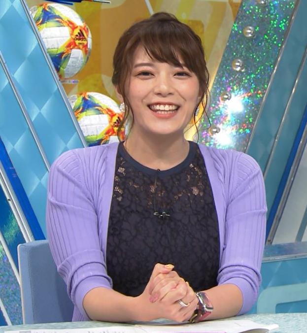 三谷紬アナ 乳隠しても十分かわいて魅力的キャプ・エロ画像4