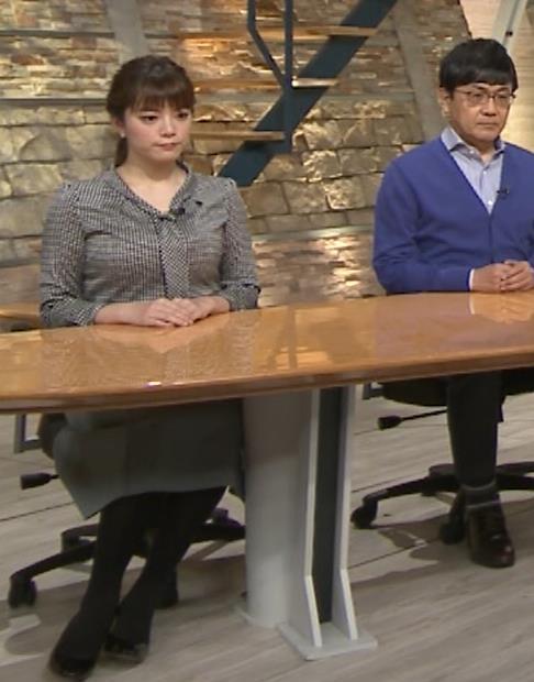 三谷紬アナ おっぱいでパツパツのシャツキャプ・エロ画像2