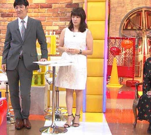 三谷紬アナ ムチムチなノースリーブ二の腕キャプ・エロ画像4