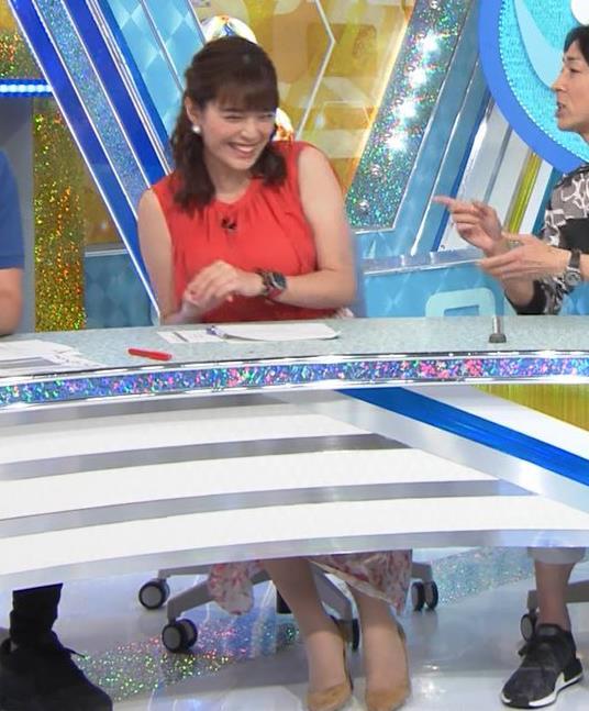 三谷紬アナ ムチムチ、ノースリーブキャプ・エロ画像3
