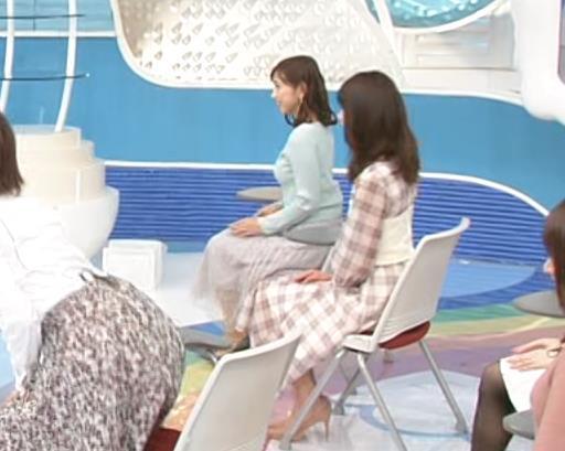 宮崎瑠依 朝からエロいニットおっぱいキャプ・エロ画像6