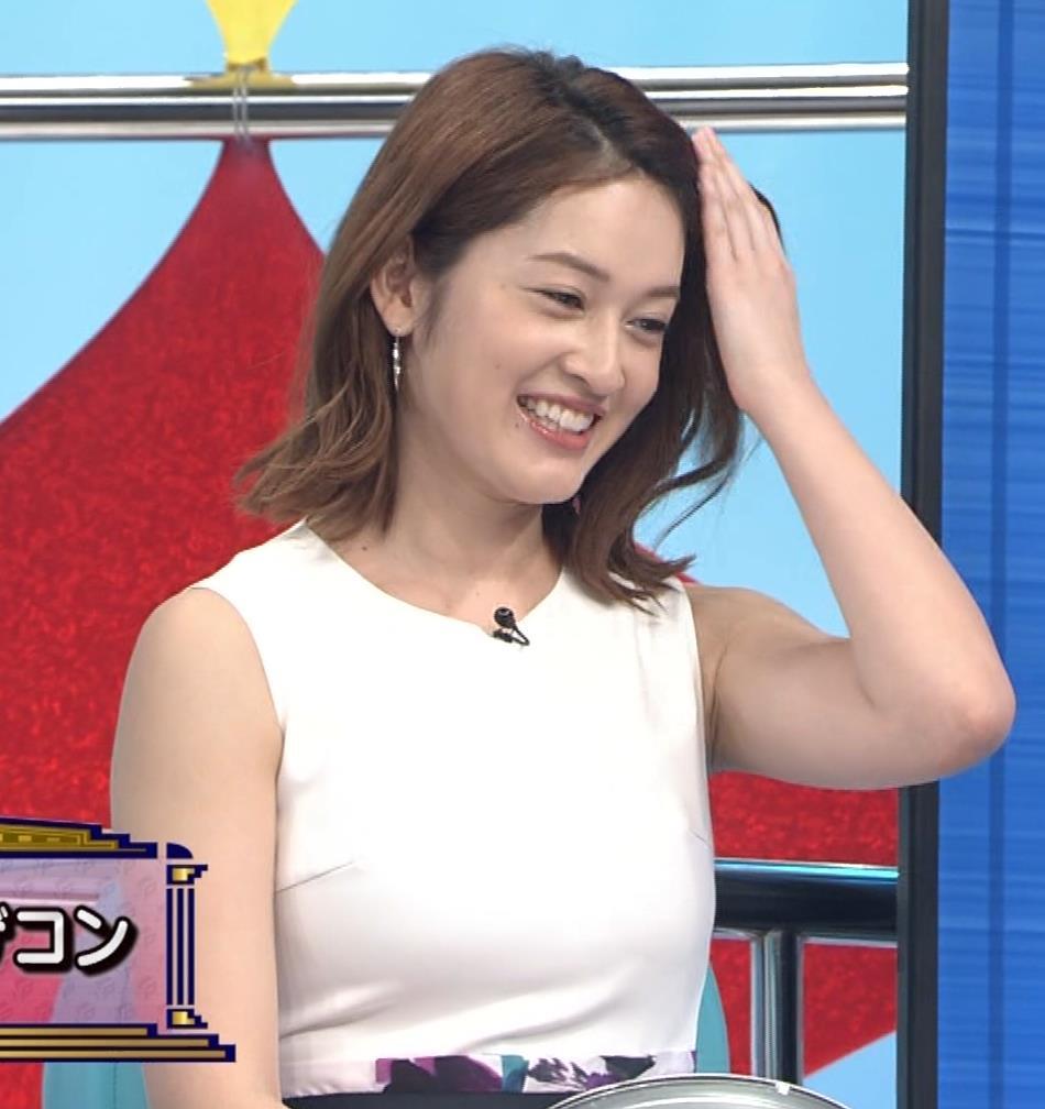 宮沢セイラ 巨乳がパツパツのノースリーブキャプ・エロ画像2