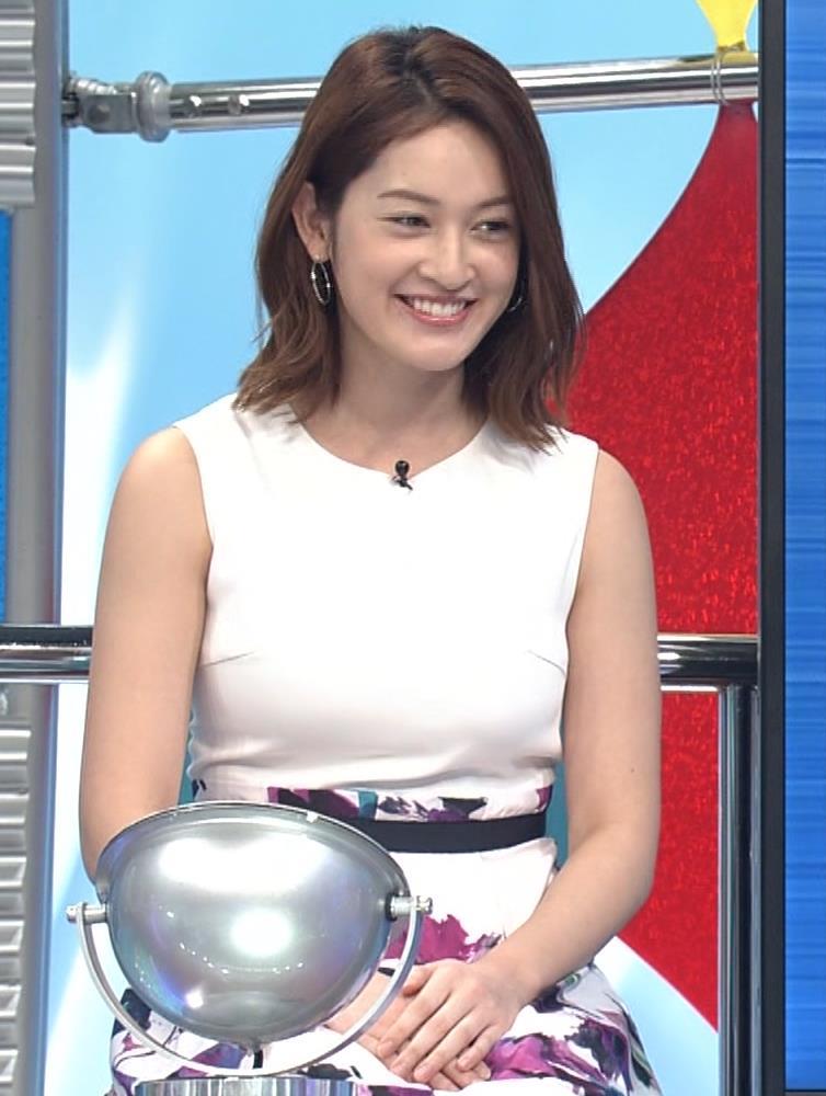 宮沢セイラ 巨乳がパツパツのノースリーブキャプ・エロ画像4