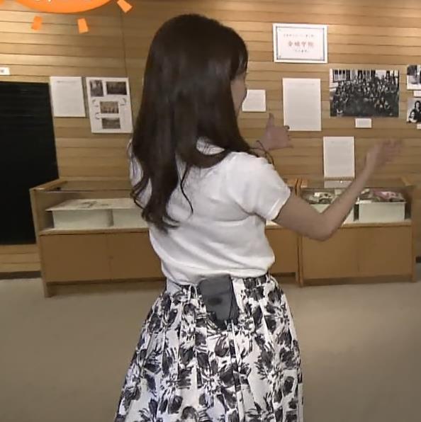 宮澤智アナ Tシャツ横乳がエロいキャプ・エロ画像5