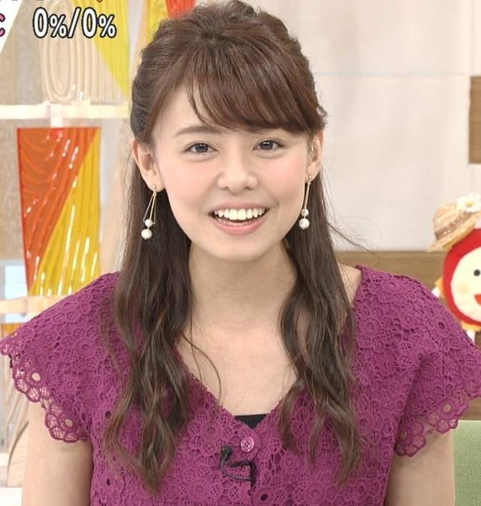 宮澤智アナ Tシャツ横乳がエロいキャプ・エロ画像8