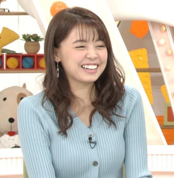 宮澤智アナ エッチな胸のふくらみキャプ・エロ画像3