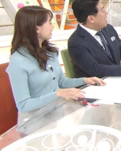 宮澤智アナ エッチな胸のふくらみキャプ・エロ画像6