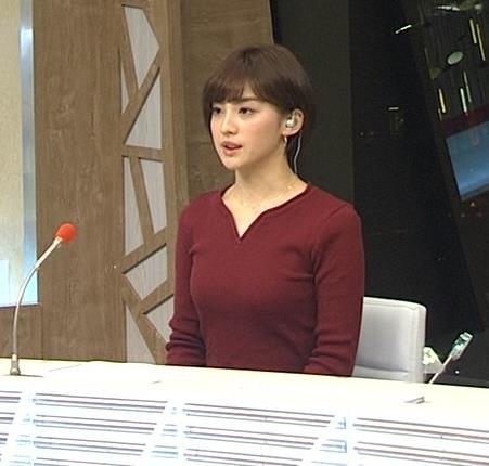 宮司愛海アナ 平昌からの中継のニットおっぱいがエロいキャプ・エロ画像3