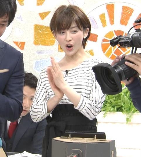 宮司愛海アナ ミニスカ美脚のふくらはぎキャプ・エロ画像