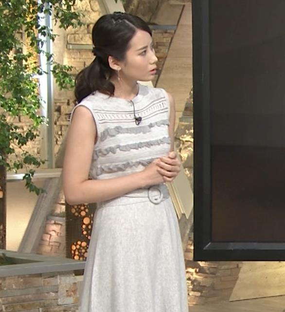 森川夕貴アナ またおっぱい強調されたノースリーブキャプ・エロ画像4