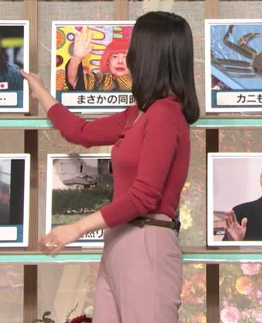 森川夕貴アナ ニット巨乳を両腕ではさむ!キャプ・エロ画像5
