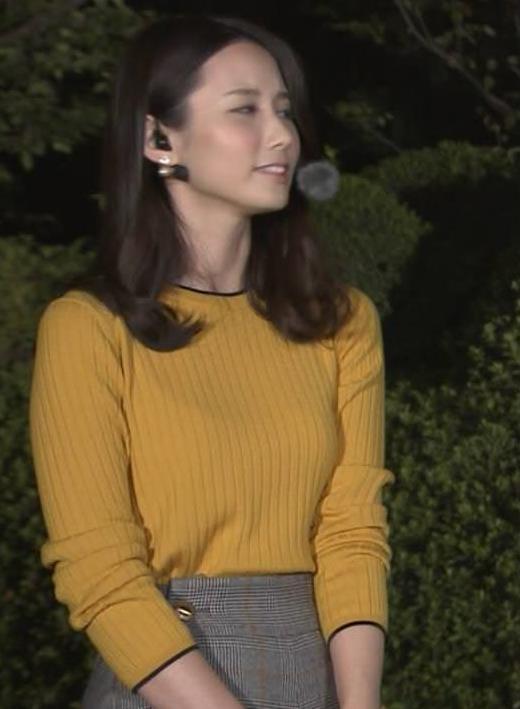森川夕貴アナ インナーがちょっと透けたニット乳キャプ・エロ画像