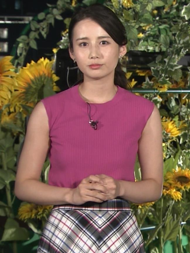 アナ ニットおっぱい&暑くて顔がテカテカキャプ・エロ画像4