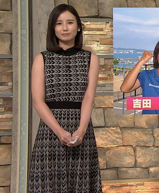 森川夕貴アナ 胸のラインが際立つ柄キャプ・エロ画像15