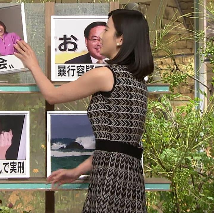 森川夕貴アナ 胸のラインが際立つ柄キャプ・エロ画像5