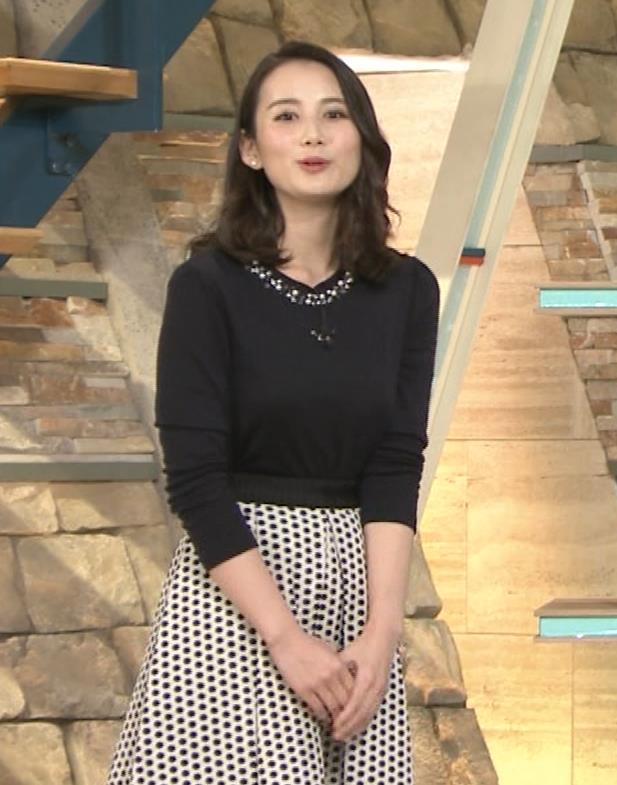 森川夕貴アナ 黒ニットの乳キャプ・エロ画像