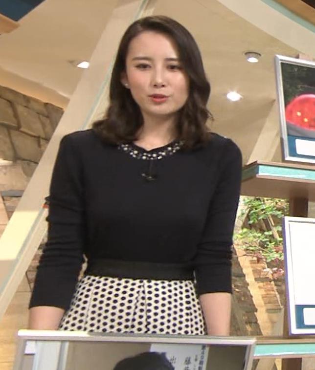 森川夕貴アナ 黒ニットの乳