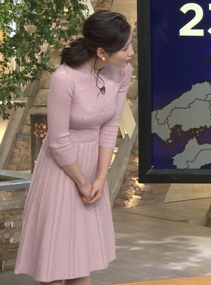 森川夕貴アナ 位置が少し下気味なニットおっぱいがエロいキャプ・エロ画像4