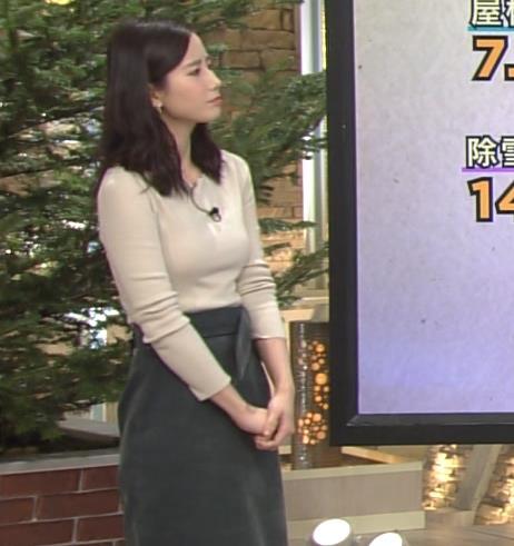 森川夕貴アナ 細身のニットおっぱい♡キャプ・エロ画像2