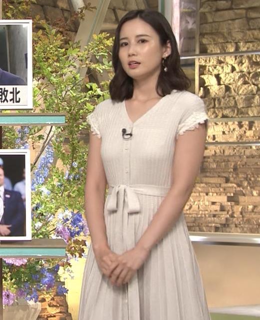 森川夕貴アナ 横乳が際立つキャプ・エロ画像