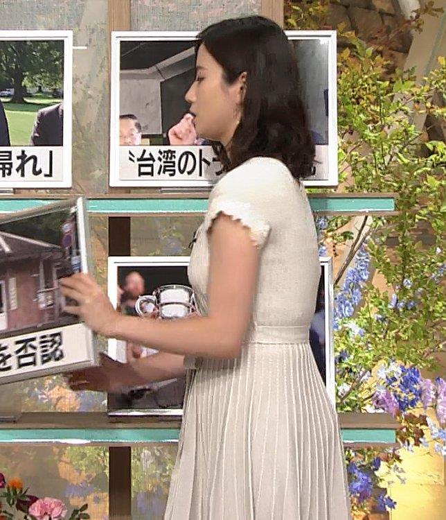 森川夕貴アナ 横乳が際立つキャプ・エロ画像8